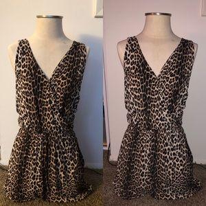H&M leopard print romper W POCKETS!